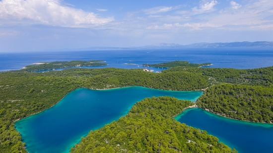 ../images/Island-of-Mljet-Croatia.jpg