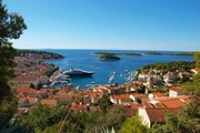 ../images/Islands-at-Hvar-180.jpg