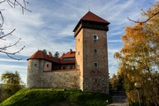 images/Old-castle-in-Croatia-180.jpg