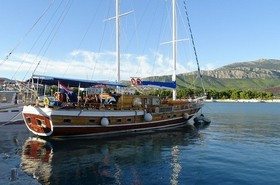 images/Sailing-boat-cruise-280.jpg